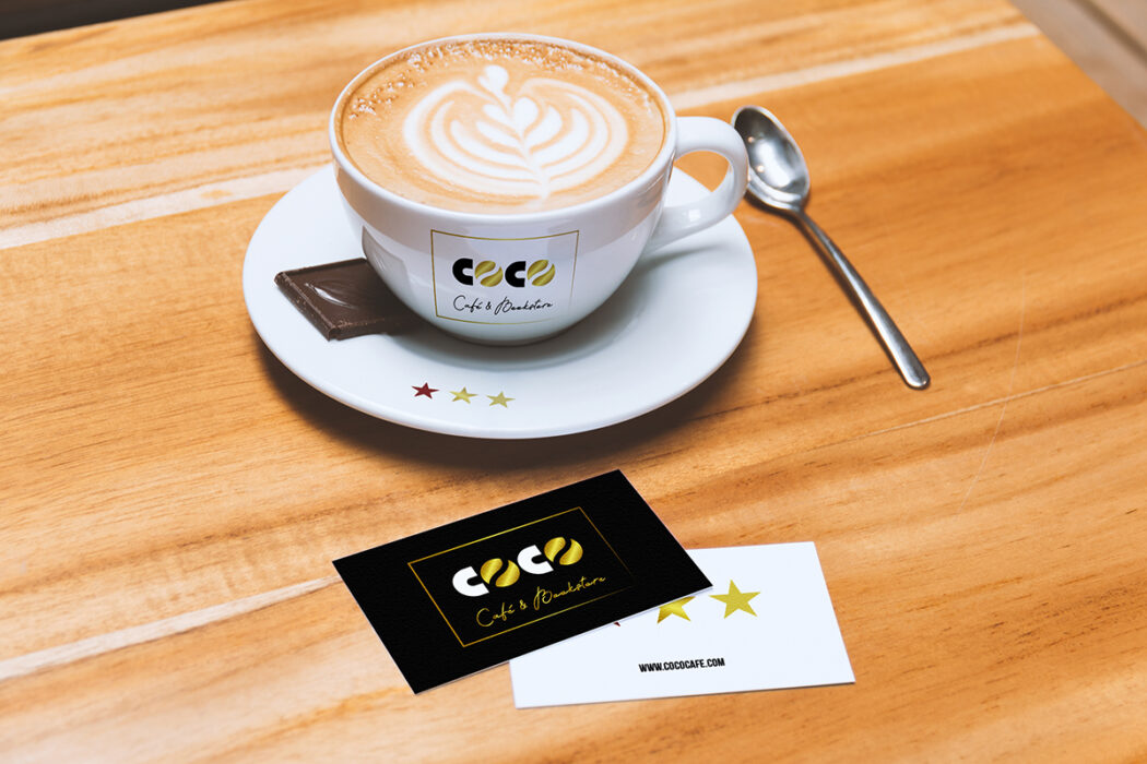 COCO · Tarjeta y taza